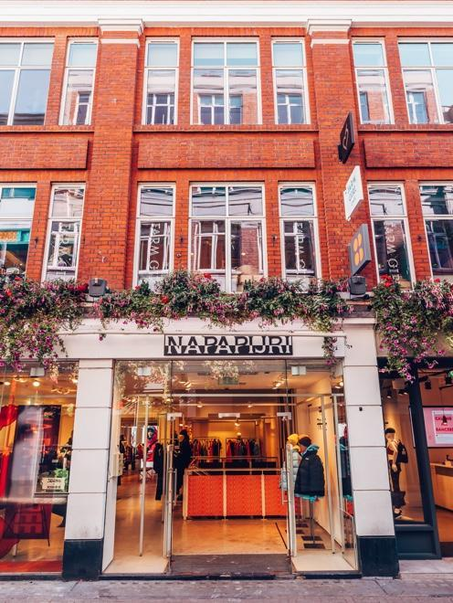 Napapijri careers work with us 3