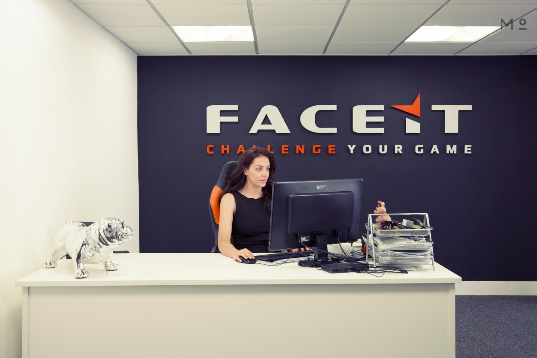 Face It London 17