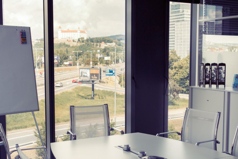 First Data  Bratislava 10