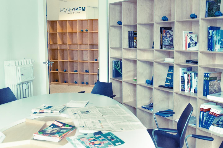 Moneyfarm Milan, Cagliari, London 4