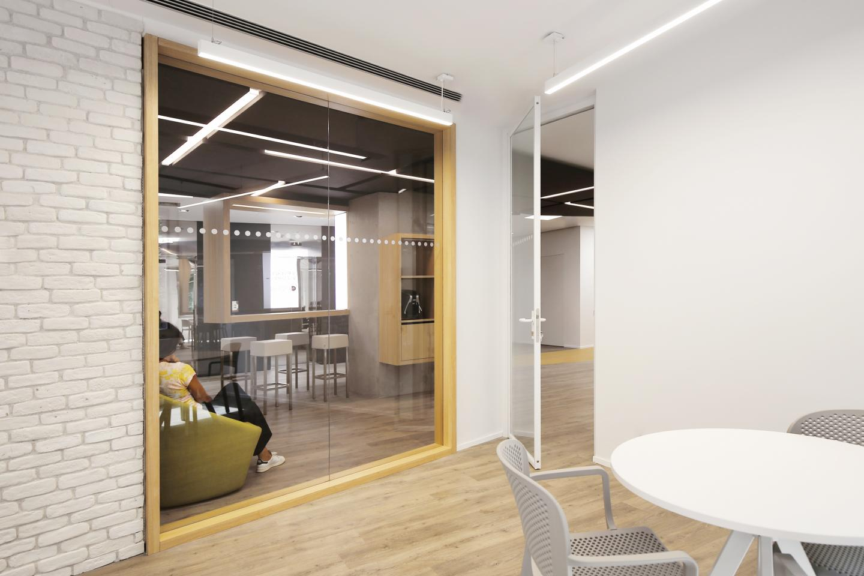 Lavoro interior designer milano lo specialista europeo di for Interior designer milano