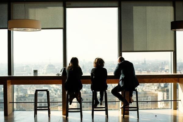 BNP PARIBAS Milan Bnp Paribas Corporate & Institutional - Global Market - Institutional And Theam Fund Sales 5